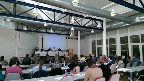 Abschlussdiskussion, auf dem Podium von links: Andreas Nestl, Thomas Hartmann, Michael Grünberger, Kristina Starkloff, Karsten Kühnel (Foto: Nicole Werner)