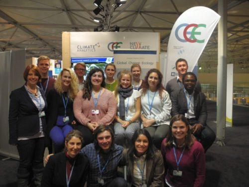 Bayreuther Masterstudierende von 'Global Change Ecology' als Beobachter zur 23. UN-Klimakonferenz: Gruppenfoto in Bonn.
