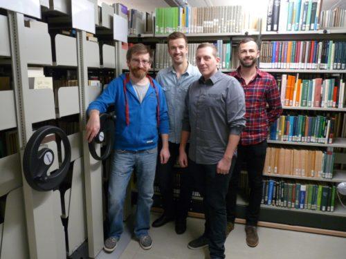 Christian Kunisch (2.v.r.), der die Bibliothek am GSP betreut hat, und seine Vertreter Daniel Hastreiter, Markus Tröger und Patrick Füßmann (v.l.)
